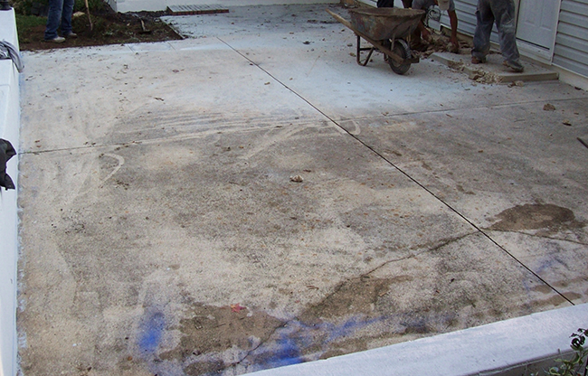 Pasadena Backyard Patio Before
